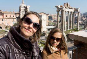 אמא ובת ברומא