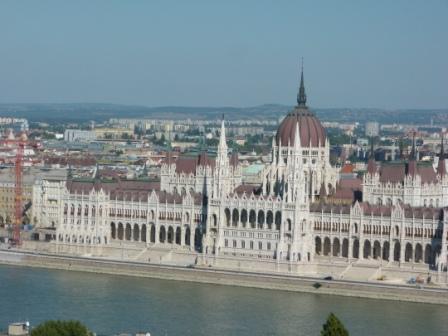 מסלו טיול בבודפשט - budapest parlament
