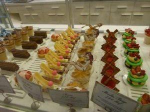מסלו טיול בבודפשט - cakes in sugar