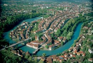 מסלול טיול בברן שוויץ, Bern_luftaufnahme