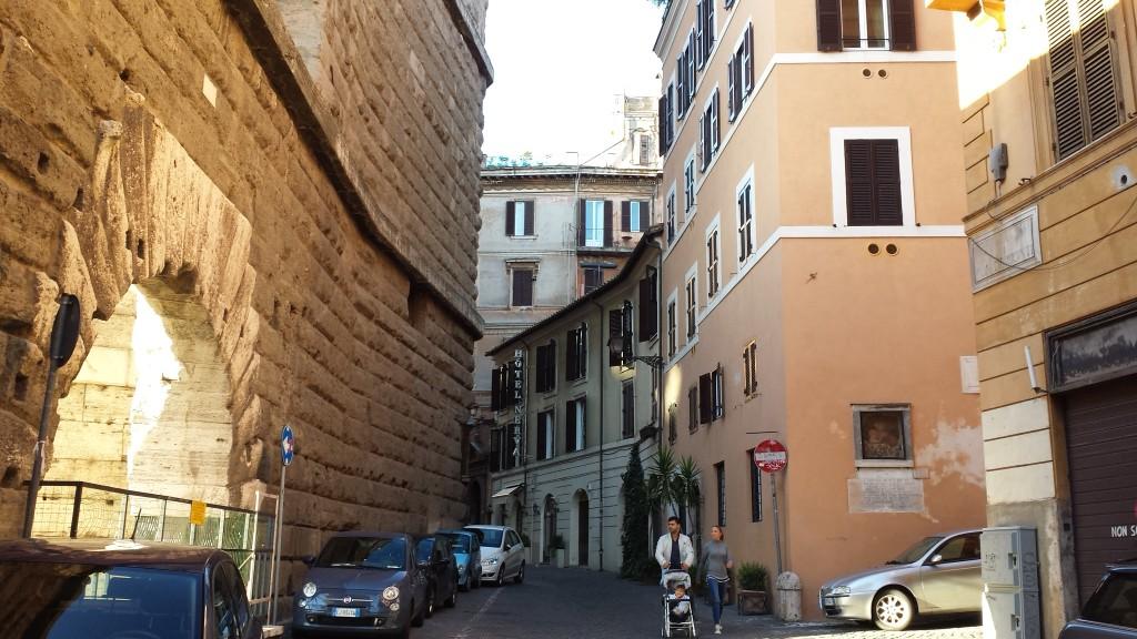 רחוב במרכז רומא