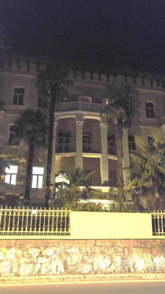 המלון בלוברן