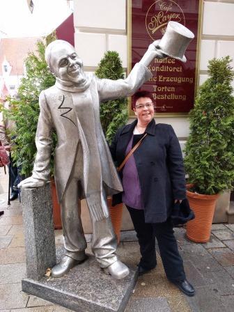 פסל אינגץ היפה ברטיסלבה