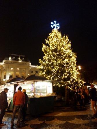 עץ חג המולד ברטיסלבה