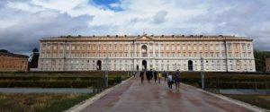 ארמון קזארטה מבחוץ